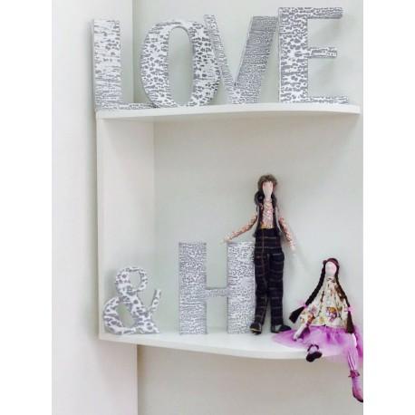 Буквы декоративные LOVE&H дерево